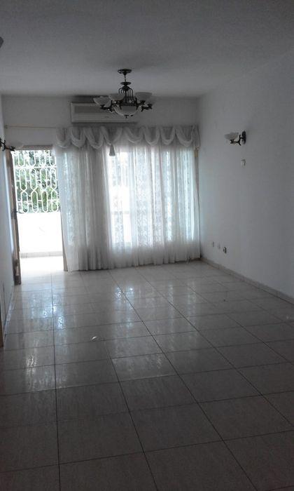 Vende-se flat tip3 com 2wcs perto da clínica shifa com garagem climati