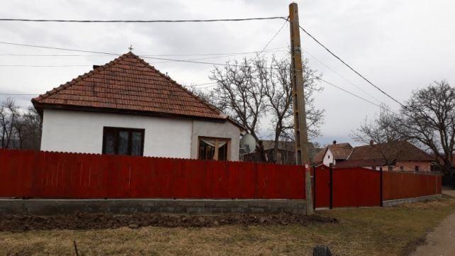 Vanzare  casa  2 camere Covasna, Lemnia  - 37500 EURO