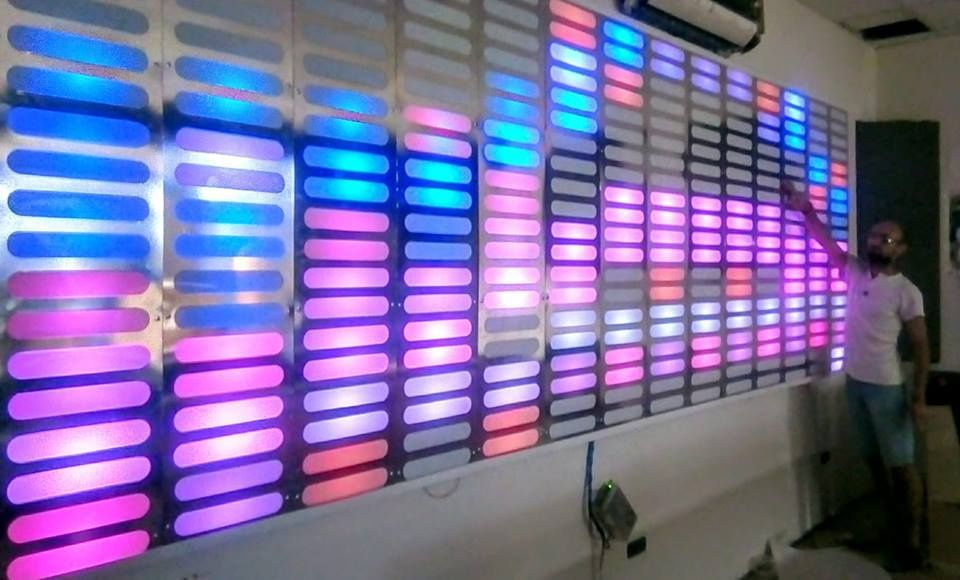 SPECTRUM Dual Line - Panou Perete Lumini Club Pixel Led Inteligent DMX