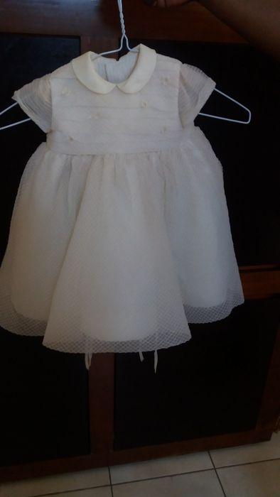 Vestido de crianca com chapeu para festas e cerimonias