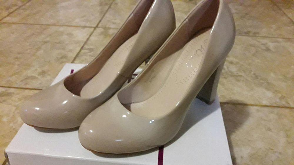 Pantofi noi, lac bej (nude) mar 36