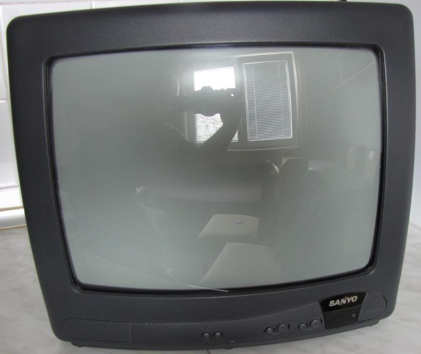 Телевизор SANYO 14 инча
