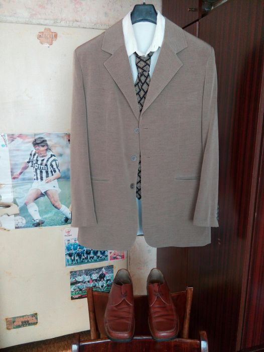 Костюм, риза, вратовръзка и обувки