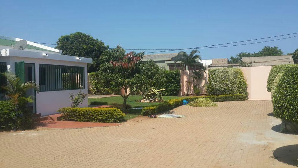 Grande oferta casa tipo3 com piscina na cmc perto da escola Magoanine - imagem 3