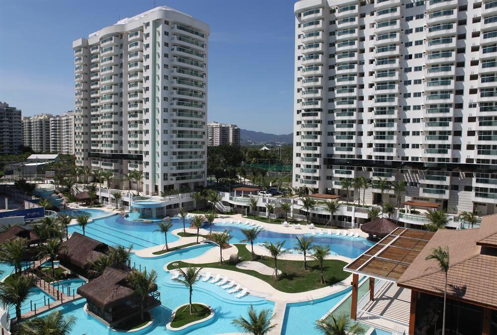 Vende-se apartamento em condomínio de luxo