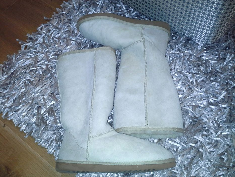 Vand cizme Ugg Classic tall nr 40 din blana miel,originale,impecabile