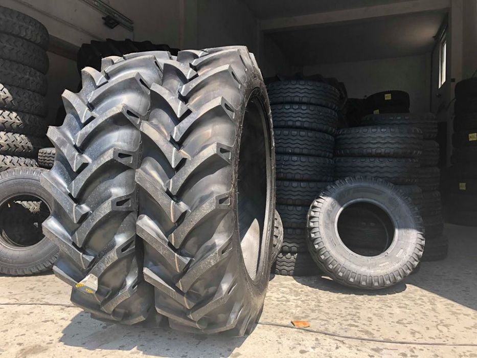 Cauciucuri noi tractor spate 13.6-36 anveloep cu 2 ani garantie OZKA