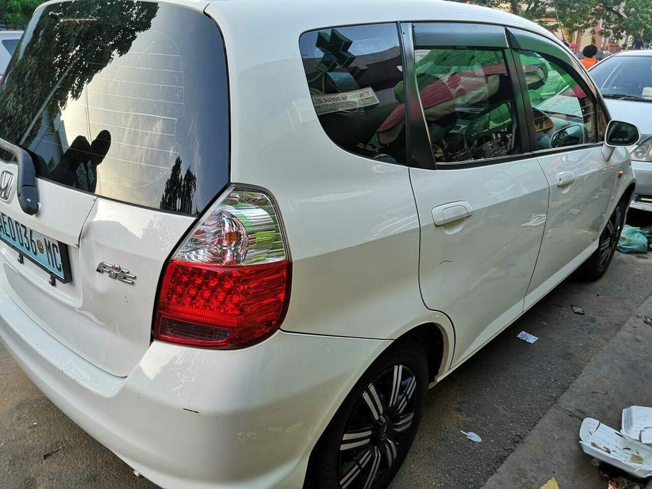 Honda fit super novo a Bom preço