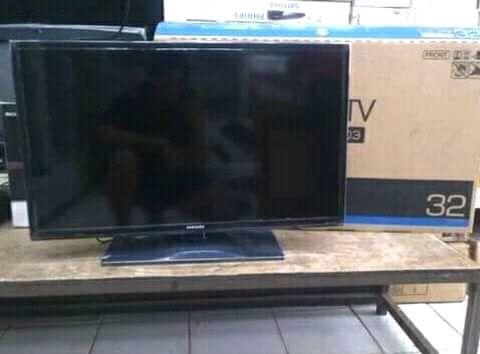 TV plasma de 32 polegadas
