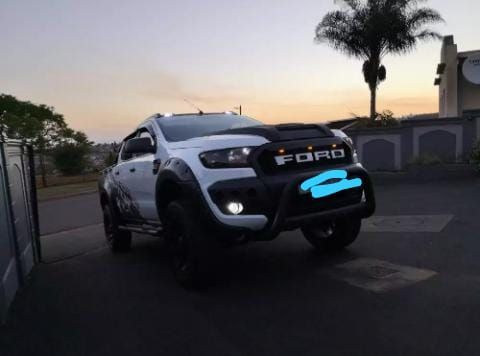 Ford ranger Raptor em promoção
