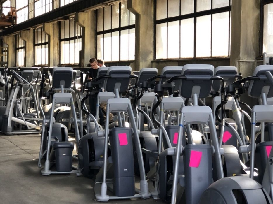 Aparate Life fitness cardio