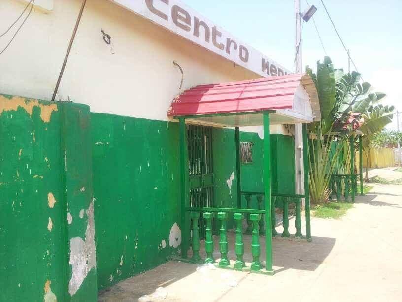 Vende-se está clínica e Viana na Zona do 30