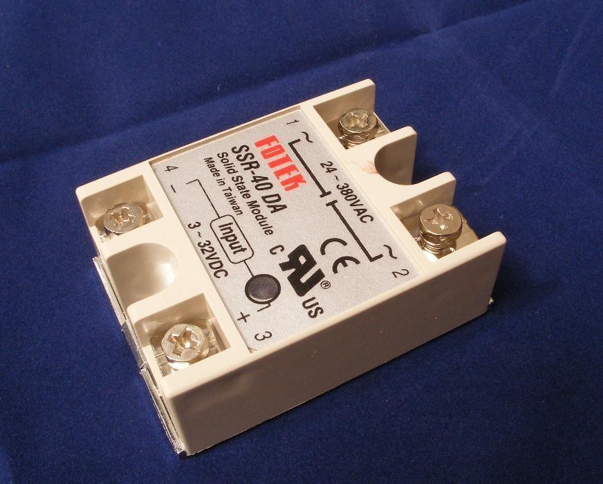 Оптично безконтактно електронно реле SSR Solid state relay 40A