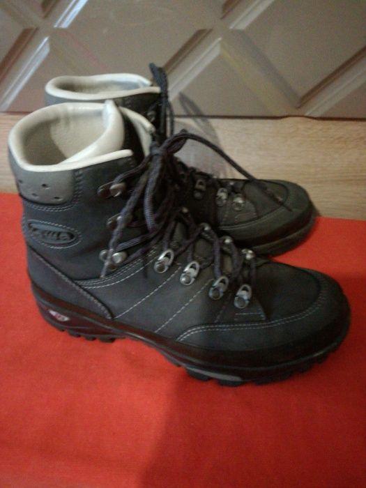 Алпийски спортни зимни обувки Lowa