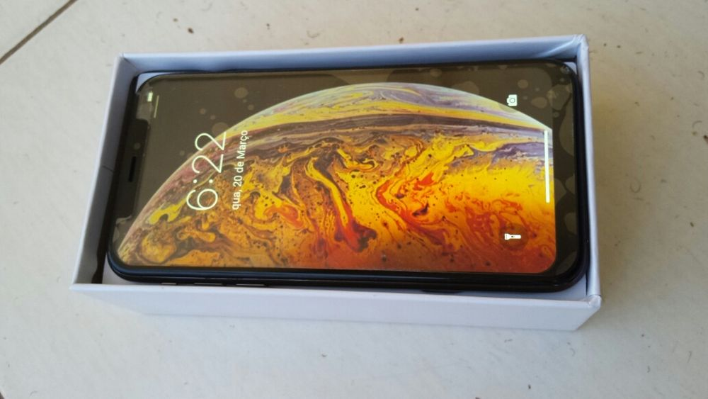 Vendo estei Phone X da segunda linha novo com tudo a bom preço.