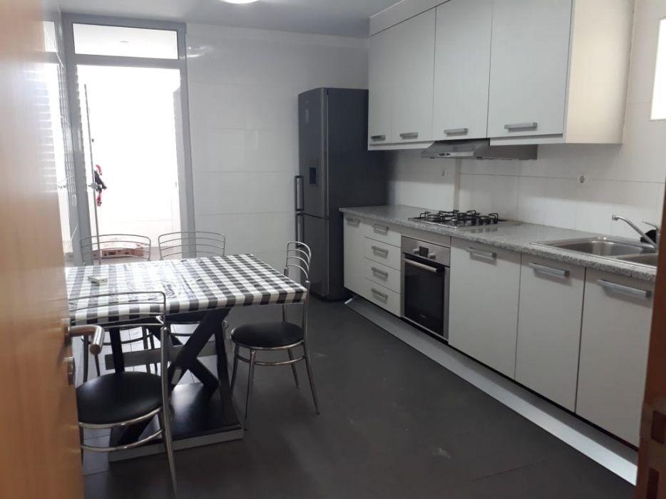 Promocao apartamento t3 luxuosa e mobilada no Cond Imoinvest Polana - imagem 1