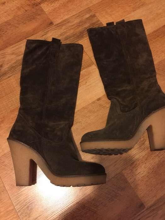 Vând cizme de dama