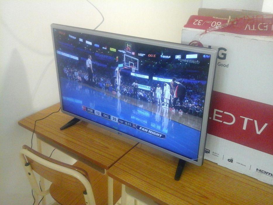 "Plasma LG Smart TV 32"""