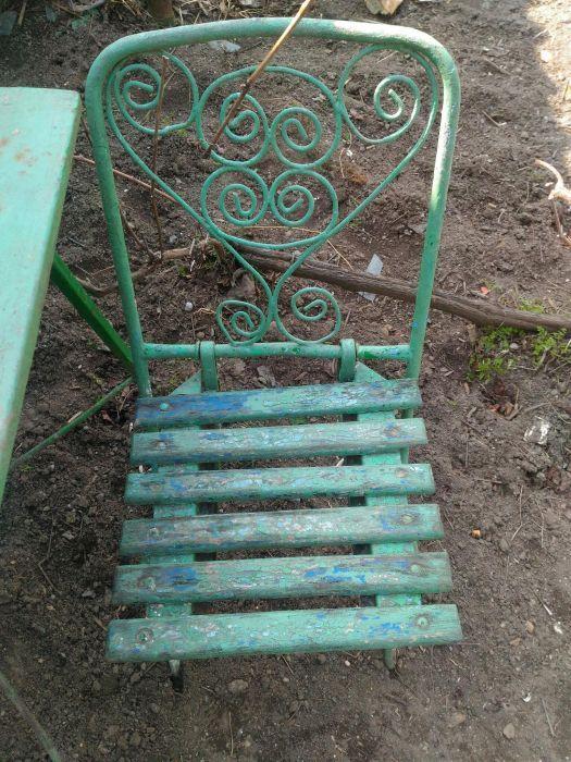 Vand scaune de colectie