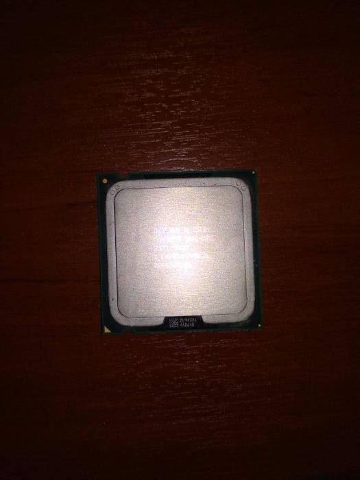 Продаю или обменяю Intel Pentium Processor E5300 Socket LGA775
