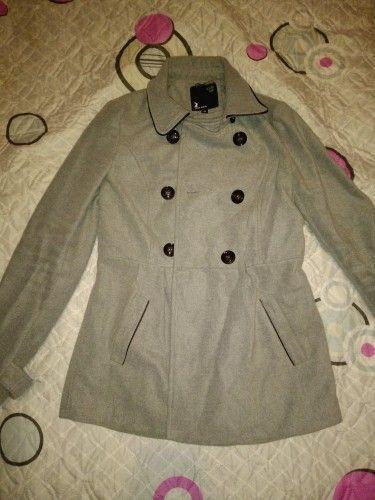 Дамско сиво палто размер 38