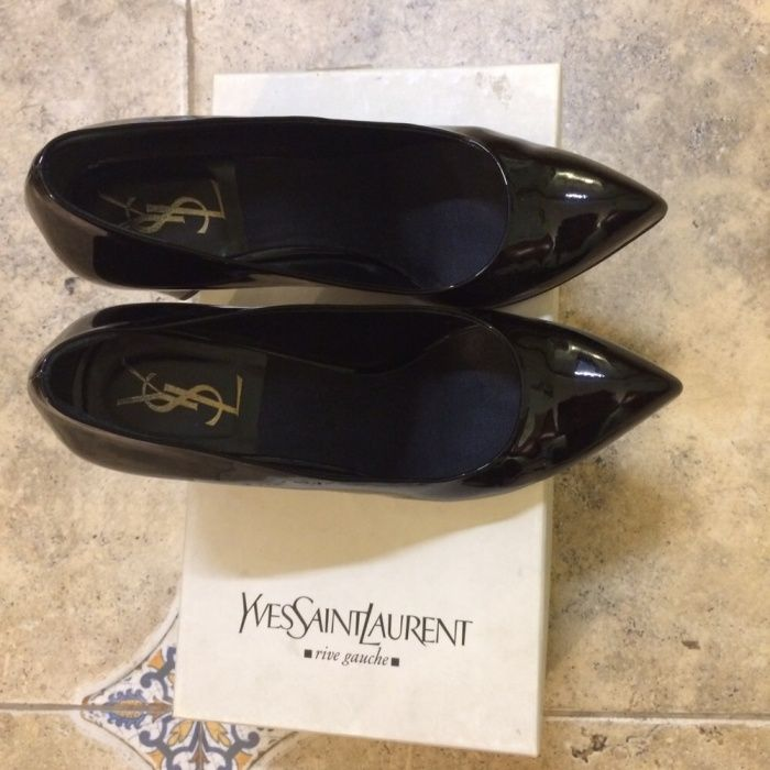 Туфли от Ив- Сен- Лоран