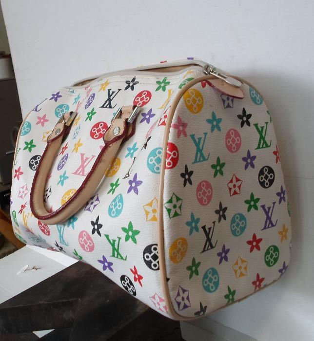Дамска чанта на Луис Вюитон, Серджо Тачини и . . .