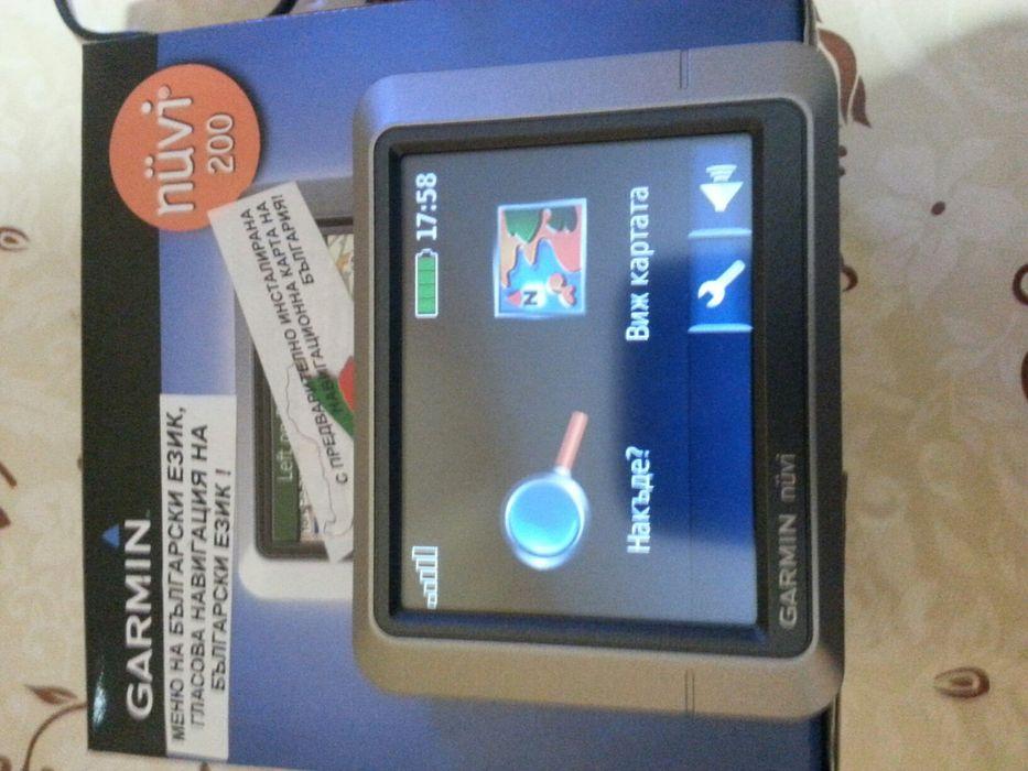 Продавам навигация Garmin nuvi 200