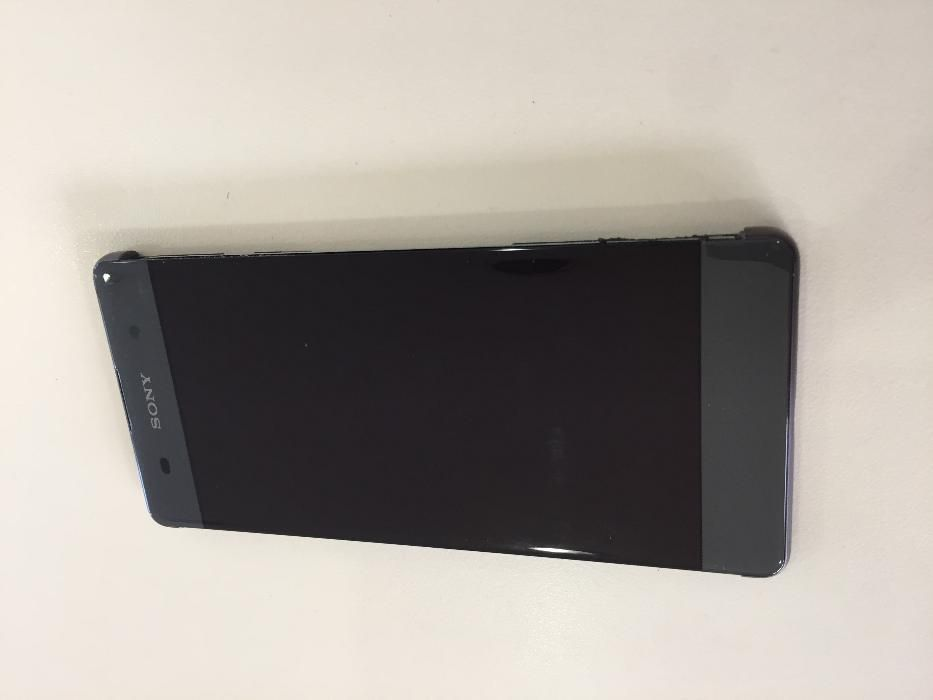 Оригинален дисплей с тъч скрийн за Sony Xperia XA