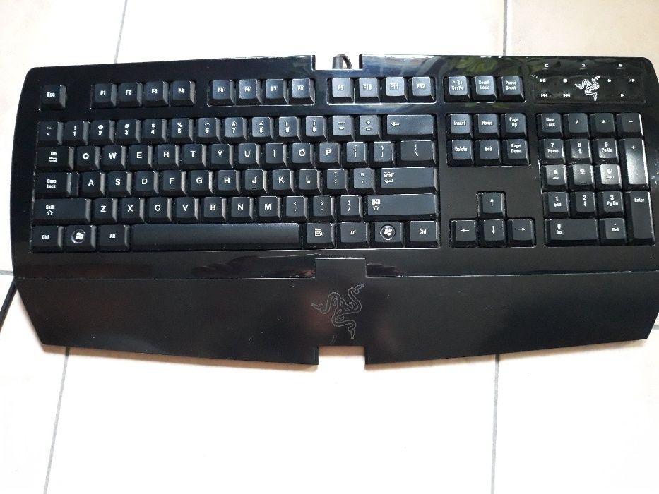 Геймърска клавиатура Razer