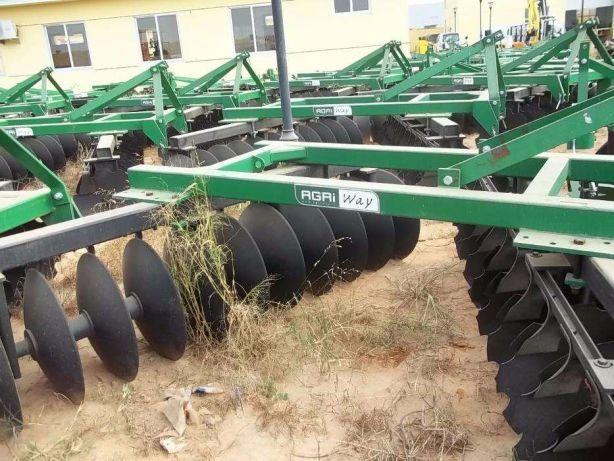 Charruas e Grades de disco para Tractor/Trator