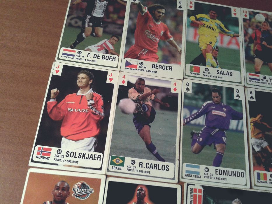 Футболни карти - 90-те