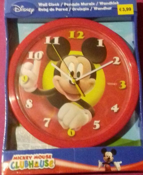 Ceas de perete Disney cu Printesele, Planes sau Mickey Mouse, nou