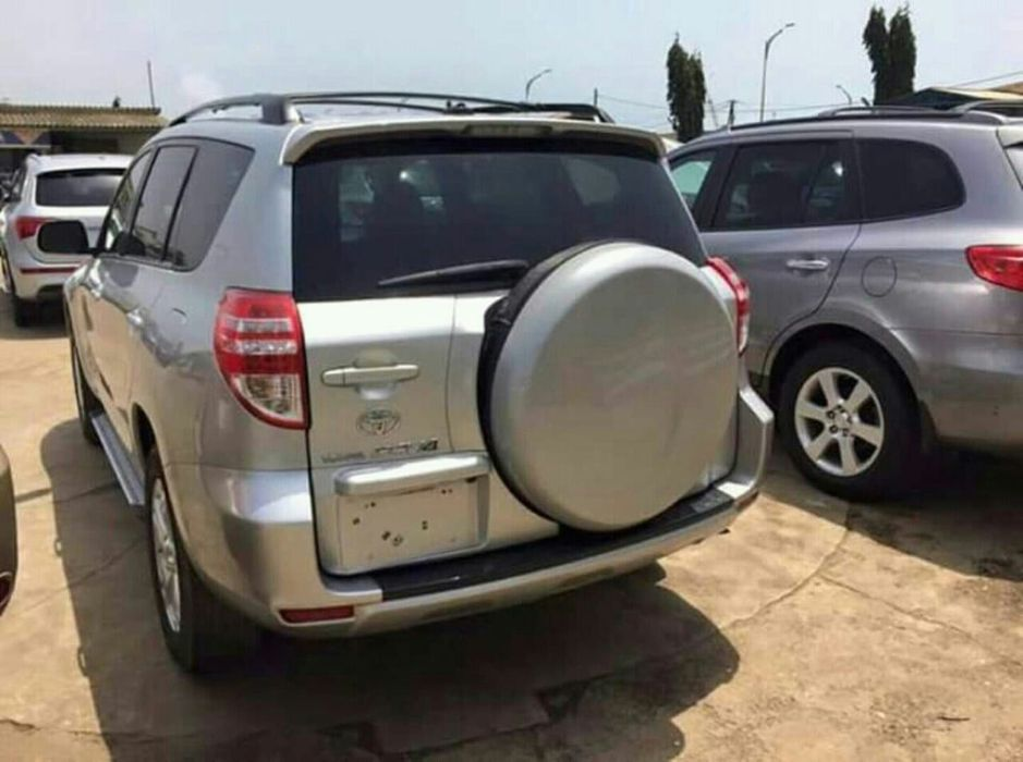 Toyota Rav4 á venda Ingombota - imagem 2