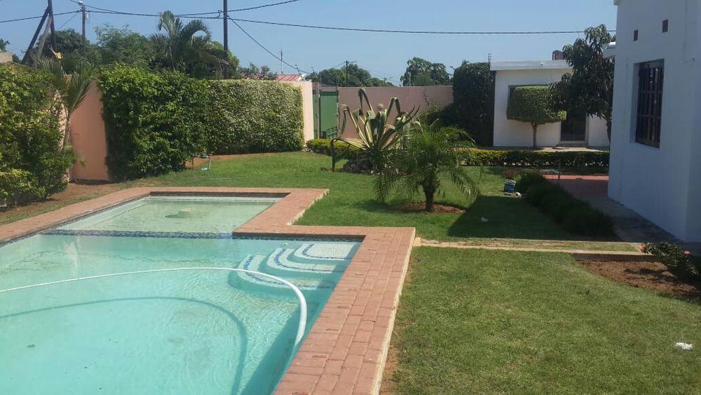 Vebdo luxuosa tip3 tecto falso com piscina n.a. cmc
