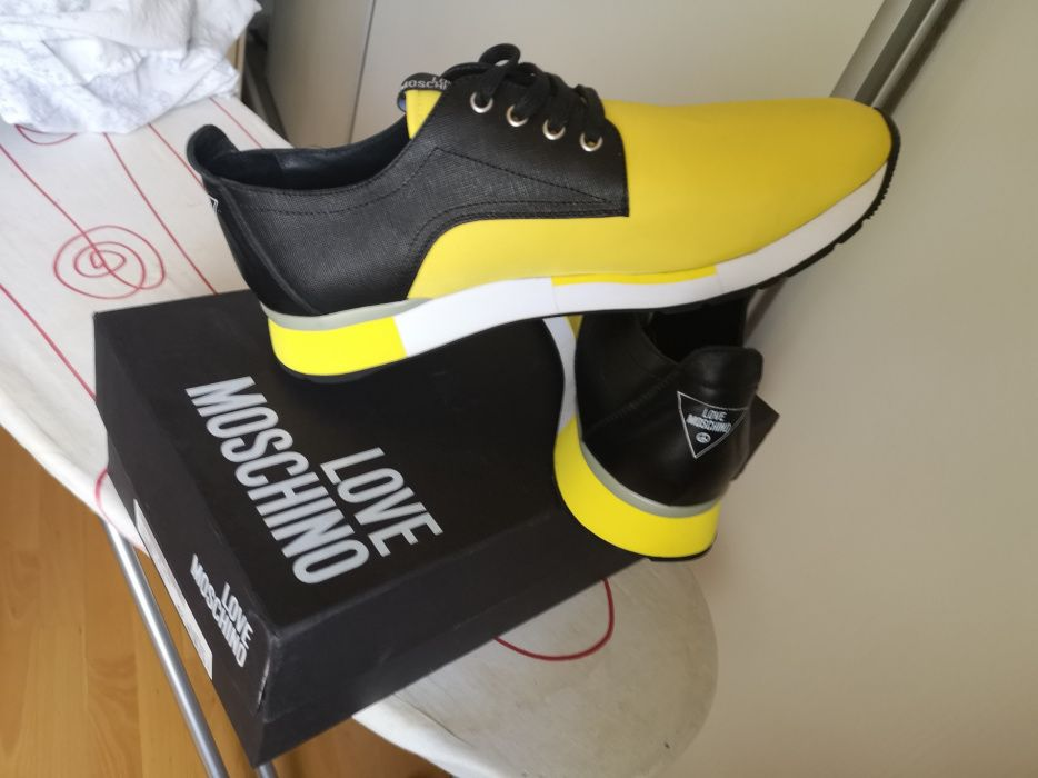 Vand adidas Love Moschino noi originali