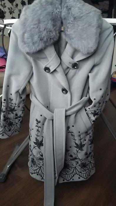 Продам новое женское пальто