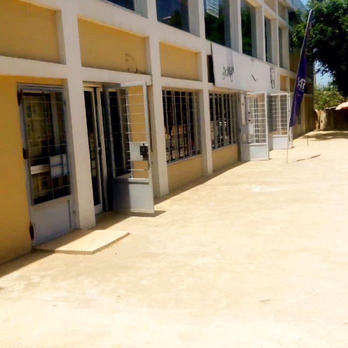 Arrendamos Escritório com 348 m2 Patriota Benfica Segunda Linha