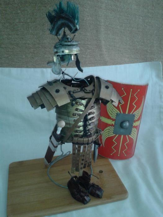 miniatura armura legionar roman lorica gladius pumnal scut 1/5