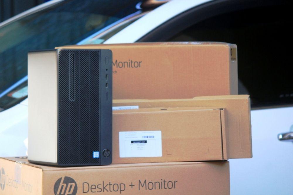 """Desktop + monitor 19"""" 7a geração novinho selado."""