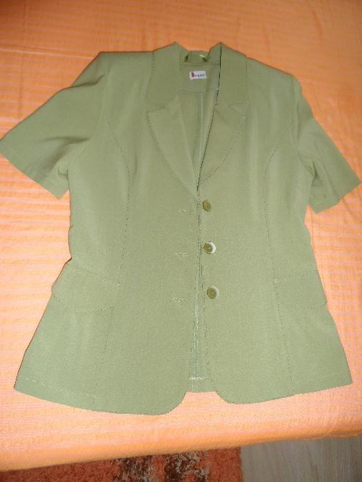 Дамско лятно сако