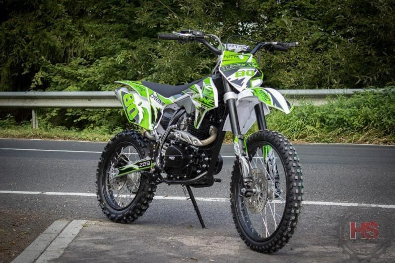 "MotoCross V2-250cc 19""/16"" Hurricane Adult CrossBike Prime"