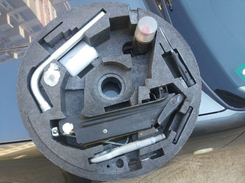 Комплект за 18 цола резервна гума патерица