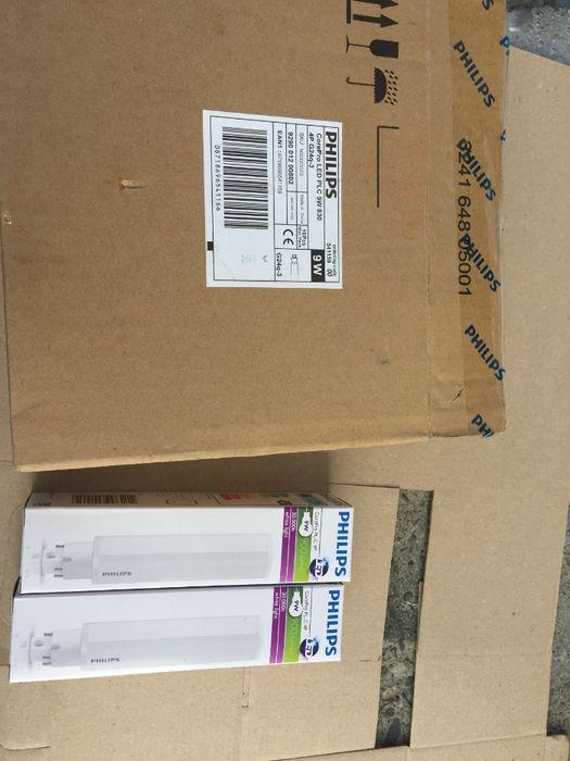 Becuri Philips 9w LED PL-C 4P CorePro 3000K Noi