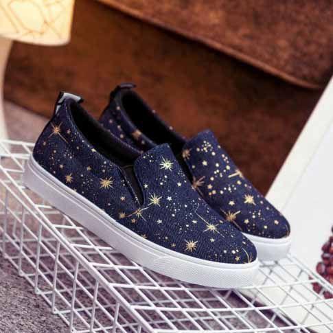 Слипоны джинсовые со звездочками (новые, размер 37)