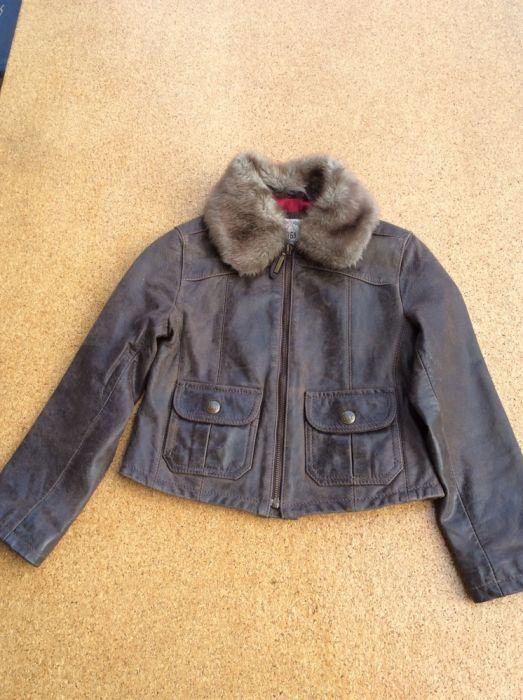 детско кожено яке GAP. естествена кожа. 4-5 години