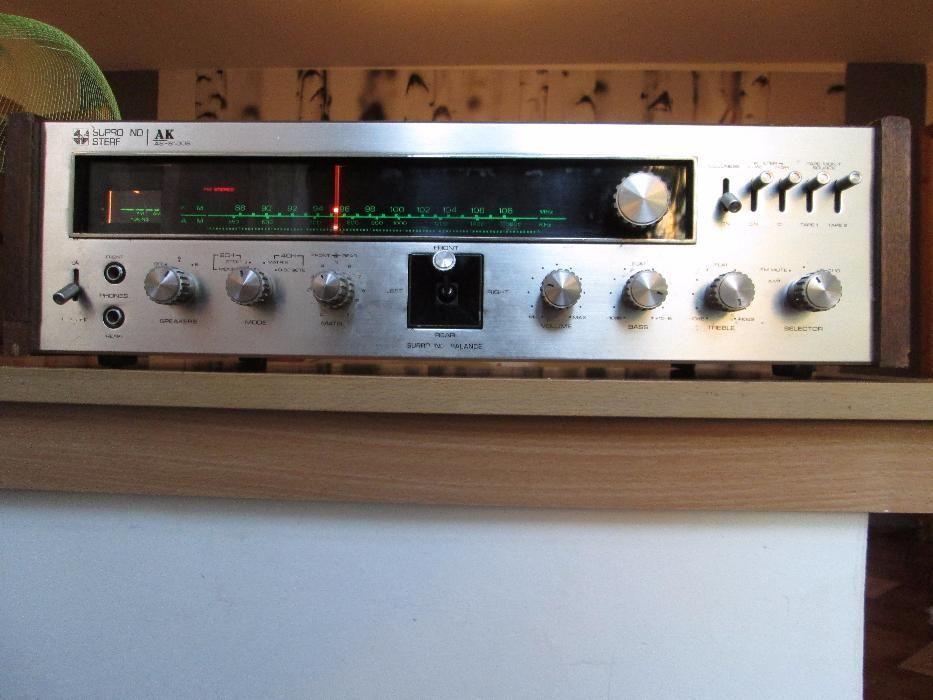 AKAI AS 8100S amplituner vintage Quadro