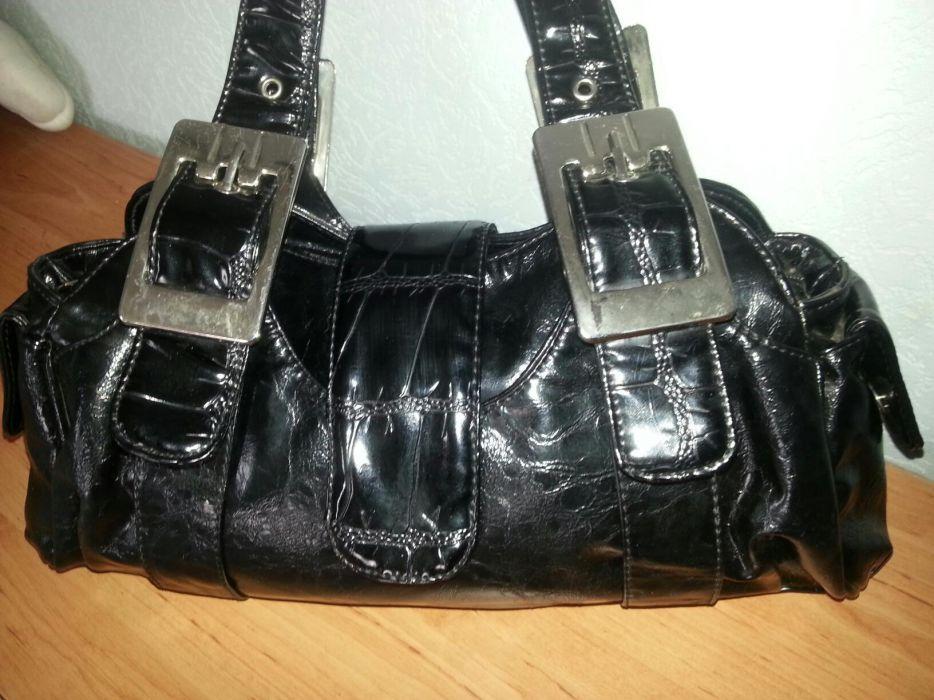 Елегантни дамски чанти!