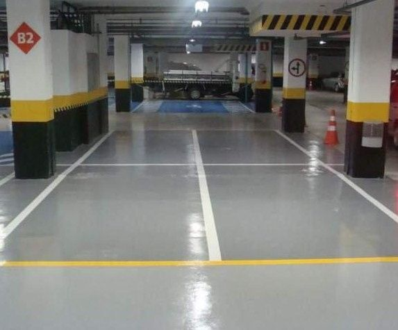 Pintura e Revestimento Epóxi-Garagens ou Parques de Estacionamentos