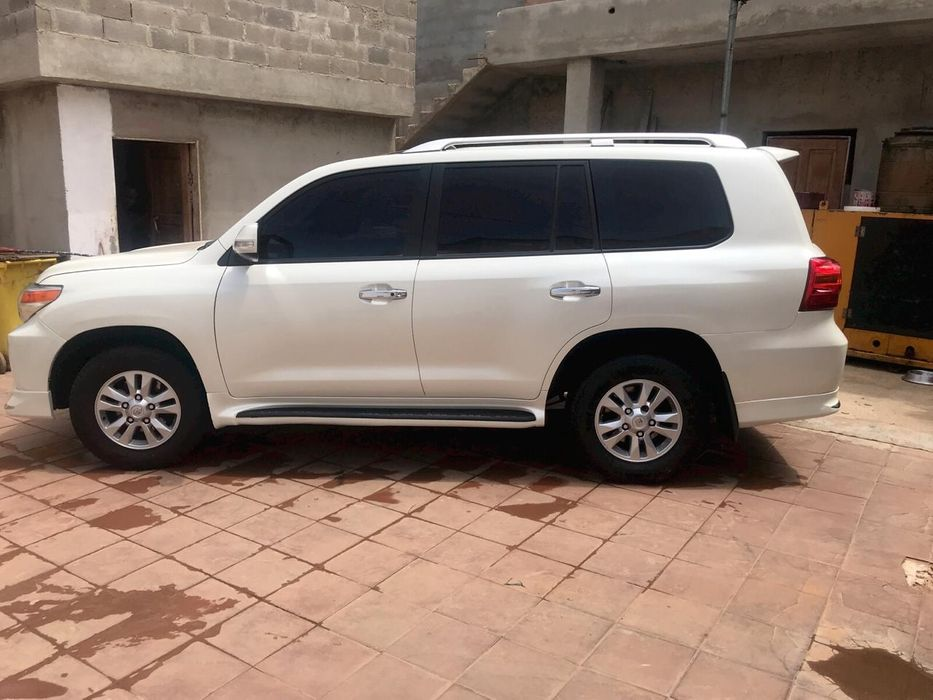 Toyota land Cruiser GXR a venda